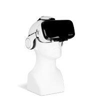 Bild VR-Brille mit integriertem Kopfhörer