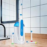 Bild Elektrisches Zahnbürsten-Set mit 4 Aufsteckbürsten